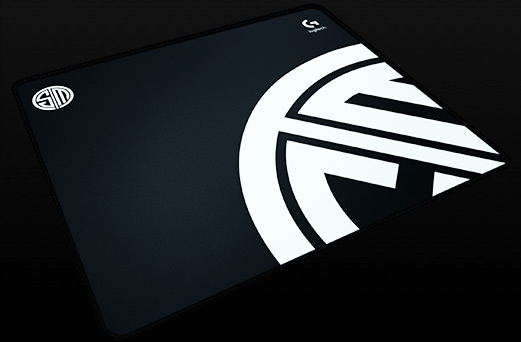 Team SoloMid logo on G640 gaming mouse pad